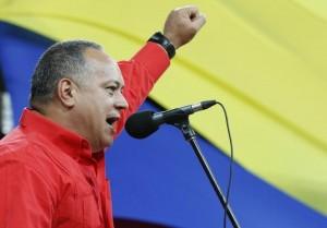 Diosdado Cabello, chefe da Assembleia Nacional da Venezuela e vice-presidente do Partido Socialista, durante encontro em Caracas. (FOTO: REUTERS)