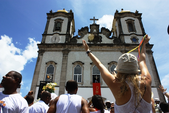 Igreja do Bonfim promove várias missas na Sexta da Gratidão (Foto: Setur/ Tatiana Azeviche)