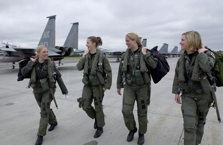 mulheres_militares