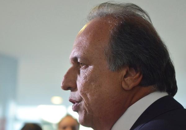 08-04-2014 - Brasília - Brasil - Governador do Rio de Janeiro, Luiz Fernando de Souza Pezão, após encontro com a presidenta Dilma Rousseff, no Palácio do Planalto (José CruzAgência Brasil)