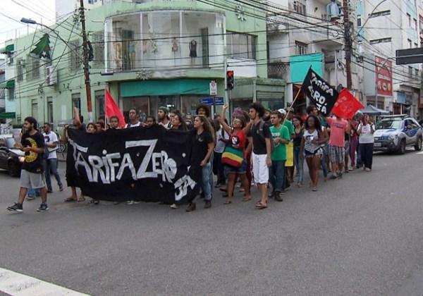 Protesto do MPL e Tarifa Zero em Salvador (Foto: Imagem/TV Bahia)