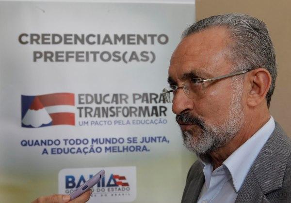 Lançamento do Programa Pacto Pela Educação Na foto: Ademar Delgado, prefeito de Camaçari Foto: Alberto Coutinho/GOVBA
