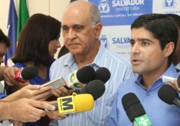 Ao lado do prefeito de Salvador, o secretário Paulo Souto falou sobre a ampliação do Programa Nota Salvador (Foto: Angelo Pontes/Agecom)