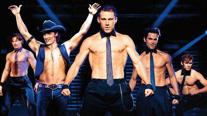Channing Tatum (ao centro), em Magic Mike XXL (Foto: Divulgação)