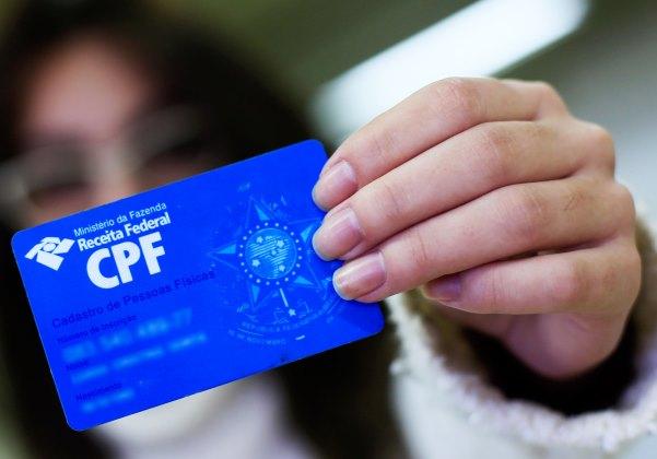 Receita autoriza inclusão de nome social em CPF