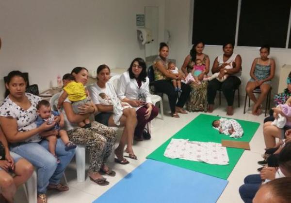 Mães de bebês com microcefalia fazem tratamento terapêutico (Foto: Agência Brasil)