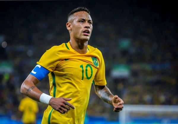 Presidente do Real Madrid pode oferecer Cristiano Ronaldo para ter Neymar