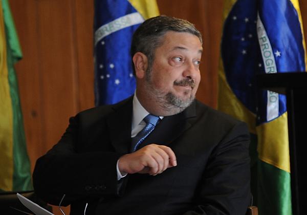 Palocci é condenado a 12 anos de prisão por corrupção