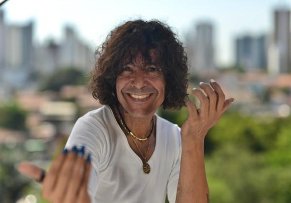 """""""Minha mãe deve ter"""", respondeu Luiz Caldas sobre fotos suas criança (Foto: Divulgação)"""