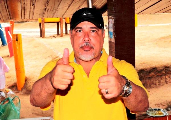 Resultado de imagem para Dr Marcio Paiva ex prefeito de lauro de freitas com o senador Otto Alencar