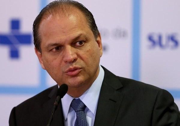 MPF requer afastamento do ministro da Saúde por polêmica da Hemobrás