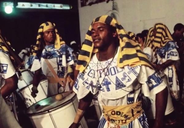 """Cena do carnaval do """"Faraó"""", 1987 (Reprodução do filme de Ariel de Bigaut)."""