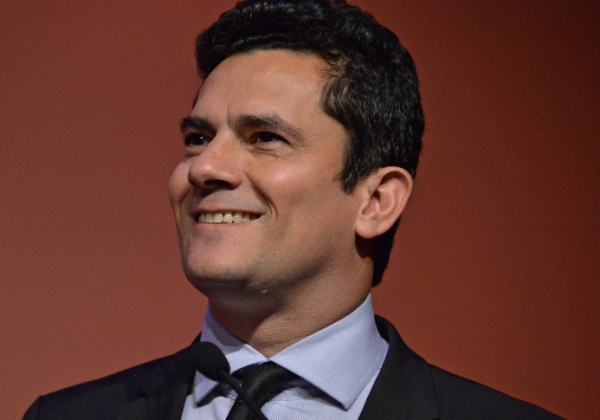 Federal Judge Sergio Moro speaks during a business meeting promoted by Business Leaders Group (LIDE) in Sao Paulo Brazil on September 24 2015. Moro is in charge of the investigation on oil giant Petrobras corruption scandal.  AFP PHOTO / Nelson ALMEIDA        (Photo credit should read NELSON ALMEIDA/AFP/Getty Images)