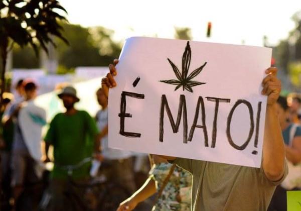 Imagem registrada durante marcha a favor da descriminalização da maconha (Foto: Ademir Ribeiro)