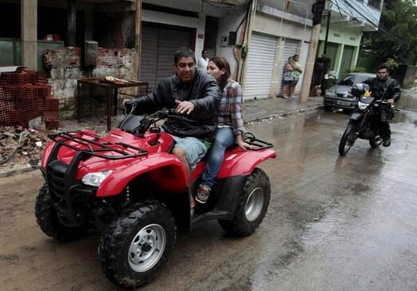 Cantor Zeca Pagodinho sofre acidente de quadriciclo e é internado