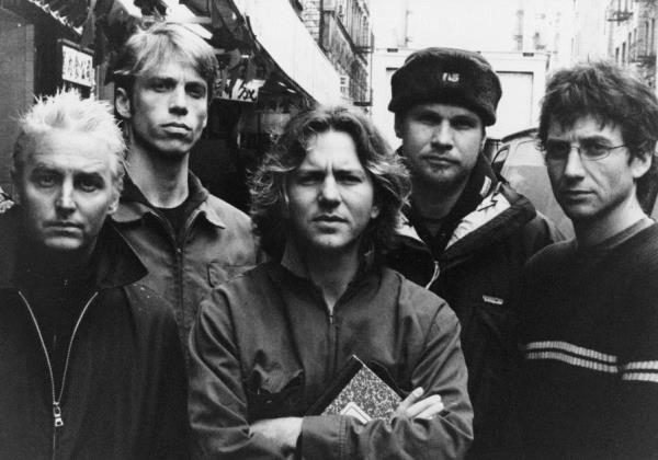 Pearl Jam será headliner do Lollapalooza Brasil, diz jornal