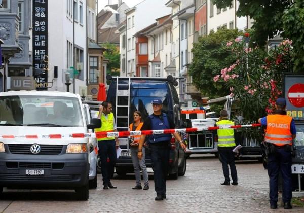 Suíça: Homem fere cinco pessoas com motosserra