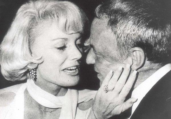 Morre viúva de Frank Sinatra