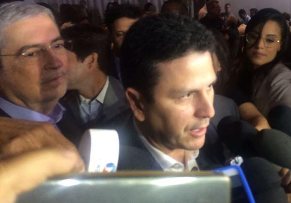 Ministro diz que é 'perfeitamente possível' para Temer governar sem PSDB