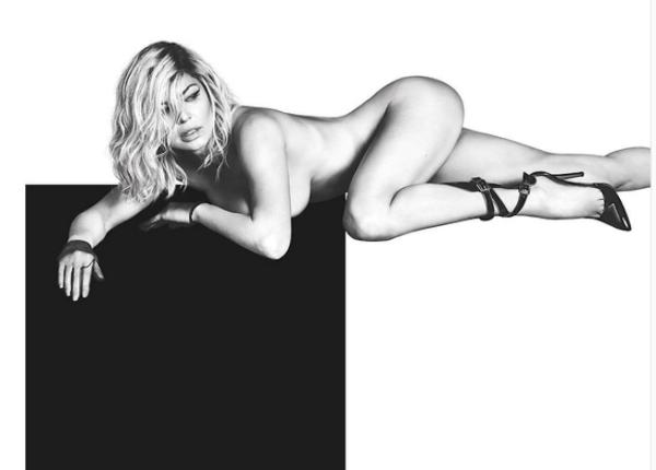 Fergie aparece nua em foto para divulgar novo álbum solo