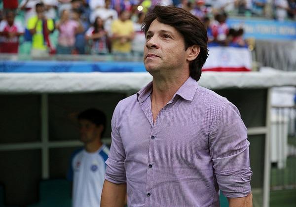 Após 4 partidas como técnico efetivado, Preto Casagrande é demitido no Bahia