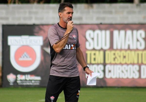 Presidente do Atlético-MG explica a decisão de trocar de técnico novamente