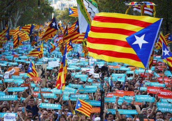 Puigdemont vai propor eleições na Catalunha