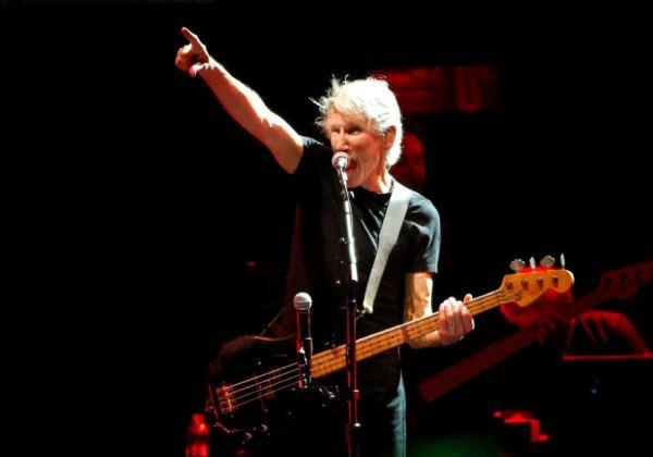 Roger Waters marca sete shows no Brasil, segundo jornal