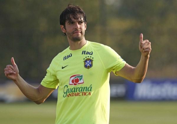 Kaká anuncia aposentadoria e diz que vai estudar para ser dirigente