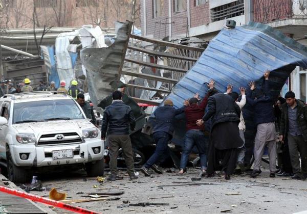 Ambulância armadilhada faz pelo menos 40 mortos e 140 feridos em Cabul