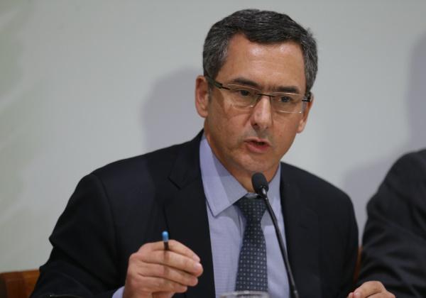 Brasília - O ministro da Fazenda, Eduardo Guardia, fala sobre o projeto de Lei de Diretrizes Orçamentárias (LDO) de 2019 (Fabio Rodrigues Pozzebom/Agência Brasil)