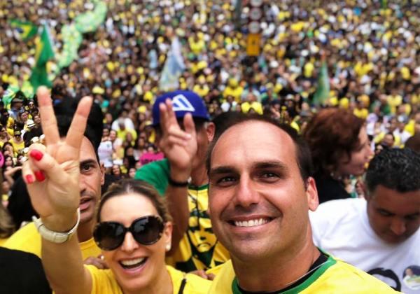 Foto: Facebook/ Arquivo Pessoal | Eduardo Bolsonaro