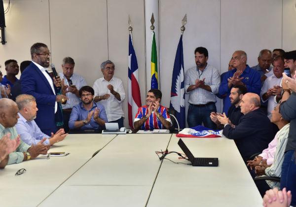 Resultado de imagem para Trio elétrico vai festejar 30 anos do título de bicampeão brasileiro do Bahia