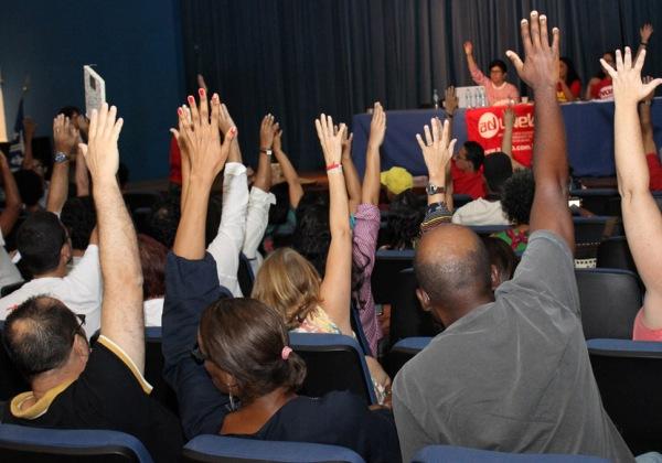 assembleia estado greve foto site aduneb