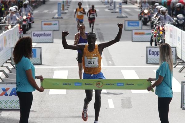 31/12/2015 – São Paulo, SP – Brasil - Stanley Biwott, do Quênia venceu a prova masculina da Corrida de São Silvestre. (Foto: Paulo Pinto/ Fotos Públicas)