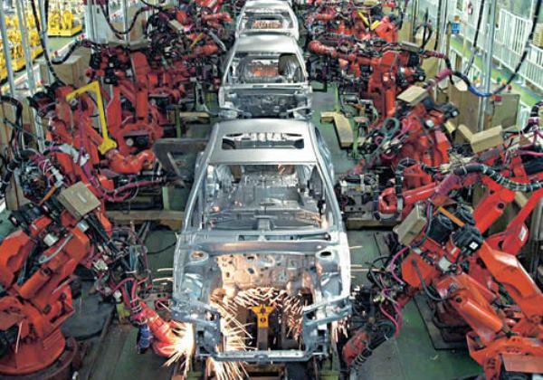 Falta de insumos ameaça produção de veículos, adverte Anfavea