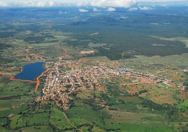 Imagem aérea do município de Paramirim, na Bahia (Foto: Divulgação).