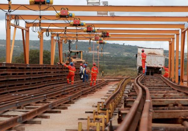 Canteiro de obras da  Ferrovia de Integração Oeste-Leste (Foto:  Elói Corrêa/GOVBA)