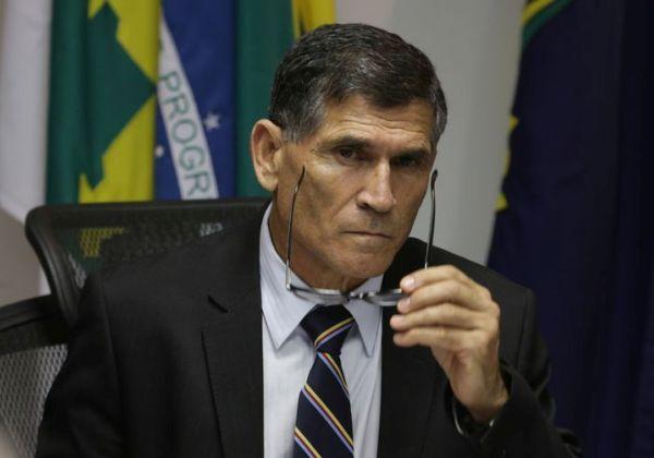 Brasília - O secretário nacional de Segurança Pública, general Carlos Alberto Santos Cruz, durante reunião com secretários de Segurança Pública dos estados (Fabio Rodrigues Pozzebom/Agência Brasil)