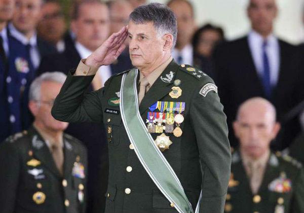 Edson Leal Pujol, comandante do Exército (Foto: Valter Campanato/Agência Brasil)